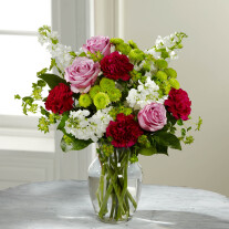 The FTD Blooming Embrace Bouquet